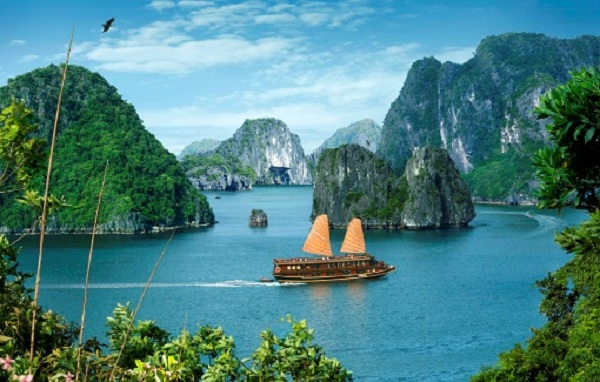 10 Days / 9 Nights Vietnam Tour